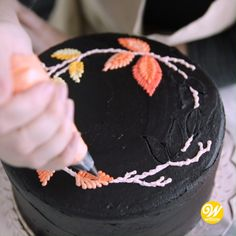 Cake Decorating Piping, Creative Cake Decorating, Cake Decorating Videos, Cake Decorating Techniques, Creative Cakes, Chocolate Cake In Cooker, Extreme Cakes, Chocolate Cake Designs, Thanksgiving Cakes
