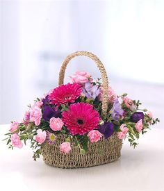 Basket Flower Arrangements, Creative Flower Arrangements, Beautiful Flower Arrangements, Floral Arrangements, Beautiful Flowers, Contemporary Flower Arrangements, Get Well Flowers, Online Flower Shop, Corporate Flowers