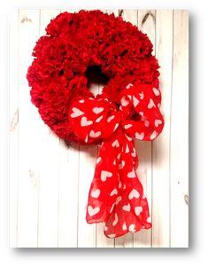 Dollar Tree Crafts: Valentines Day Carnation Wreath #ValenintesDay #DIY #crafts