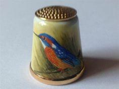 Graham Payne Studios Worcester Handpainted Artist Bird Design Thimble | eBay / Feb 17, 2014 / GBP 54.00