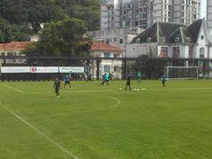 BotafogoDePrimeira: Treino do Botafogo aponta primeiros indícios do ti...