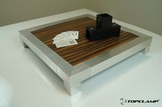 Little display table construction from Topclamp