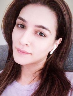 Bollywood Stars, Bollywood Fashion, Bollywood Actress, Ideas For Instagram Photos, Cute Girl Face, Indian Celebrities, Best Actress, Woman Crush, True Beauty