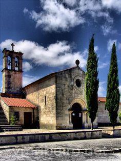 """FAFE (Portugal): Capela da """"Fábrica do Ferro""""."""