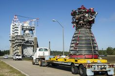 NASA will test fire an rocket engine at the Stennis Space Center in Mississippi today (Oct. The rocket engine will be used to launch NASA's next megarocket, the Space Launch System, and is undergoing testing and certification. Centre Spatial, Space Launch System, Nasa Rocket, Project Mercury, Rocket Engine, Apollo Missions, Nasa Missions, Nasa Astronauts, Deep Space