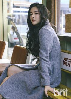 W u X i a — Lishan Bin 李善彬 Korean Girl, Asian Girl, Lee Sun Bin, Korean Dress, Asian Style, Korean Style, Running Man, Kpop, Korean Actresses