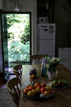 reminds me of Tiny Town - my kitchen with Lime green wash, Cornflour blue door opening out into the peaceful backyard, red berries curtains, peace and quiet and magic Interior And Exterior, Interior Design, Up House, Slow Living, Country Life, Country Kitchen, Country Houses, Country Roads, Farm Life