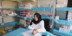 Colin Watson, enfermero australiano, acaba de terminar en Libia su séptima misión con Médicos Sin Fronteras. Su trabajo como supervisor de Enfermería en la sala de urgencias del hospital de Al Abyar, a 60 kilómetros al este de Bengasi, le ha permitido conocer el impacto que el conflicto ha tenido sobre el sistema de salud libio. En entrevista, él nos habla sobre su trabajo y lo que se ve día con día en Libia.