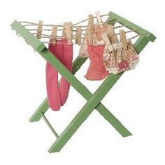 Green Clothes Post with Pegs