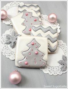 DIY~Chevron  Christmas Tree Cookies