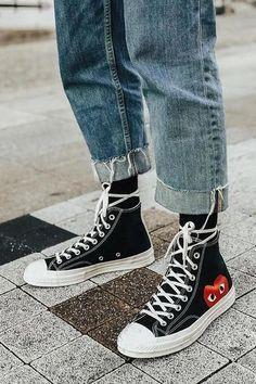 Nike Casual Shoes, Nike Shoes, Womens Fashion Sneakers, Fashion Shoes, Teen Fashion, Fashion Outfits, Nike Air Force 1 Outfit, Jordan Fashions, Popular Shoes