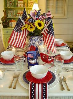 Fourth of July Table Settings | 4th of July Table Setting and Decorating Ideas