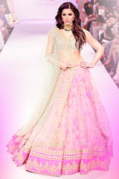 Nargis Fakhri in Anushree Reddy