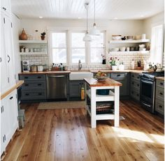 Love this for the kitchen back wall - shelves on top, cabinets on bottom
