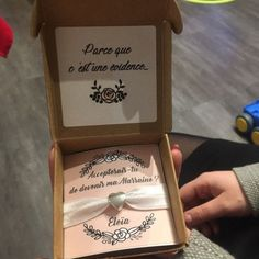 Bracelet announces godmother/bracelet request godmother/gift jewel godmother /gift godmother customizable /original announcement godmother/godmother Wedding Planer, Godmother Gifts, Kraft Boxes, Announcement, Messages, Lettering, The Originals, Coin Photo, Baby