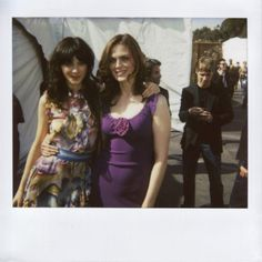 Deschanel Sisters - Emily and Zooey.