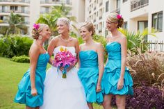 turquoise, hot pink, starfish bouquet...i'm sold.