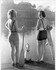 Box Canvas Print (other products available) - ca bathing beauties Adrienne Dore and Mae Madison modelling their backless bathing suits. Los Angeles, California, USA - Image supplied by Auscape Photo Library - inch Box Canvas Print made in the UK Vintage Glamour, Vintage Beauty, Vintage Ladies, Vintage Fashion, Vintage Lingerie, Vintage Pins, Summer Outfits Women 30s, Vintage Swimsuits, Vintage Bathing Suits