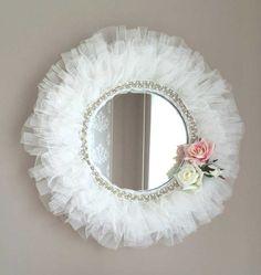 IMG_76301__880 Mirror Crafts, Frame Crafts, Diy Mirror, Mirror Ideas, Manualidades Shabby Chic, Mirror Painting, Shabby Chic Crafts, Diy Home Crafts, Diy Pillows