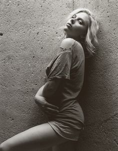 Scarlett Johansson Is the Sexiest Woman Alive, 2006