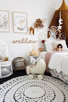 Fantasy Air Collection Circu Magical Furniture – Luxury brand for children – little girl rooms White Girls Rooms, Pastel Girls Room, Vintage Girls Rooms, White Kids Room, Little Girl Rooms, Modern Girls Rooms, Bedroom Vintage, Baby Bedroom, Bedroom Decor