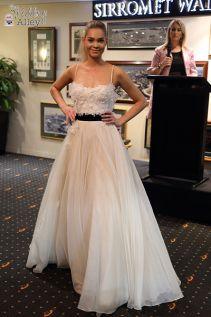Paul Hunt at Queensland Cricket Club Cricket, Catwalk, Glamour, Gowns, Club, Formal, Stylish, Fashion, Vestidos