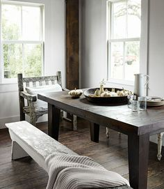 This is the opposite of formal dining, and we love it.