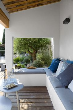 outdoor seating area Whilst old with strategy, the actual pergola is suffering from somewhat of Outdoor Seating Areas, Garden Seating, Outdoor Spaces, Outdoor Living, Outdoor Decor, Outdoor Benches, Patio Bench, Outdoor Lounge, Deck Design
