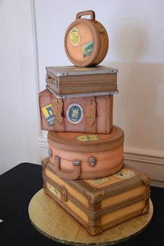 when #uCAKE and have a wanderlust for #travel, then this is perfection! bon voyage, birthdays, shower, luggag theme, theme cake, vintage luggage, themed cakes, mini cakes, cake recipes