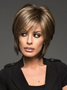 Short Hair With Layers, Short Hair Cuts, Short Hair Styles, Short Hairstyles For Women, Bob Hairstyles, Pretty Hairstyles, Blonde Balayage, Blonde Hair, Short Wigs