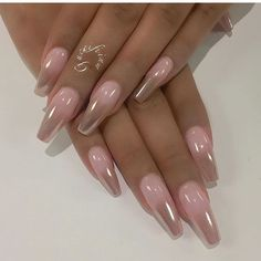 Our favorite nail designs, tips and inspiration for women of every age! Great gallery of unique nail art designs of 2017 for any season and reason. Find the newest nail art designs, trends & nail colors below. Fabulous Nails, Gorgeous Nails, Pretty Nails, Hot Nails, Pink Nails, Hair And Nails, Oval Nails, Glitter Nails, Clear Gel Nails