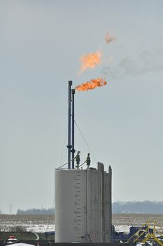 """""""Major Study Projects No Long-Term Climate Benefit From Shale Gas Revolution."""" http://thinkprogress.org/climate/2013/10/18/2800751/climate-benefit-shale-gas-revolution/"""