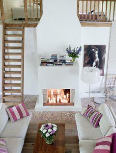 hox laatta takan edessä. Ihana tunnelma! Exterior Design, Interior And Exterior, Designers Guild, Bauhaus, Stairs, Cottage, Living Room, Bed, Garage