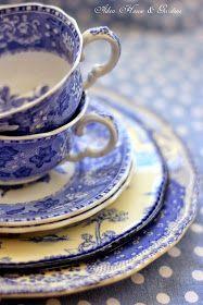 Aiken House & Gardens: Blue & White