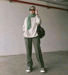 Modern Hijab Fashion, Street Hijab Fashion, Hijab Fashion Inspiration, Muslim Fashion, Look Fashion, Hijab Outfit, Ootd Hijab, Modele Hijab, Cute Casual Outfits