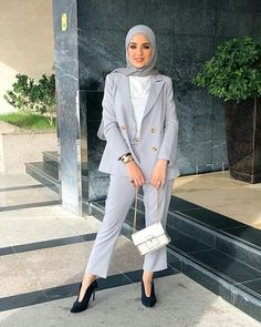 Hijab Pants Jackets Models and Combinations - Attractive Women - Work Outfits Women Modest Fashion Hijab, Modern Hijab Fashion, Muslim Women Fashion, Street Hijab Fashion, Casual Hijab Outfit, Hijab Fashion Inspiration, Mode Inspiration, Fashion Outfits, Fashion Pants