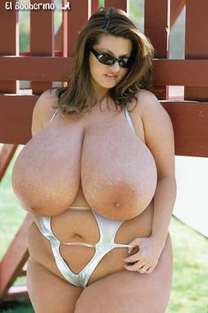 Images - Sexy bbw flashes size g tits