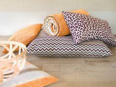 Maxwell Fabrics @ Decoroom - Suite 37 in Michigan Design Center Intimate Games, Safari Hat, Trends Magazine, Home Trends, Fabulous Fabrics, Modern Classic, Timeless Design, Throw Pillows, Urban