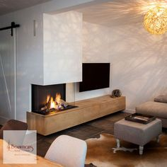 In Asten plaatsten we de Dru Maestro Als enige officiële dealer in deze r Home Living Room, Home Fireplace, Living Room Decor Fireplace, Fireplace Design, House Interior, Modern Fireplace, Living Decor, Home And Living, Room Layout