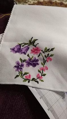 Cross Stitching, Cross Stitch Embroidery, Hand Embroidery, Cross Stitch Designs, Cross Stitch Patterns, Palestinian Embroidery, Cross Stitch Bookmarks, Bargello, Cross Stitch Flowers