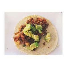 Tacos de chorizo de soya y garbanzo. #vegan