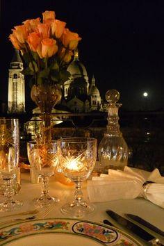 Romantic Secret Diner Montmartre