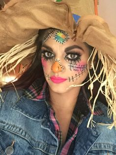 Pic without yellow contacts. Joy_mariemua on… Diy Halloween Scarecrow, Scarecrow Makeup, Pretty Halloween, Halloween Makeup Looks, Scary Halloween, Halloween Outfits, Halloween Ideas, Halloween Party, Maquillage Halloween