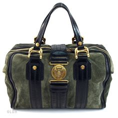 The Elegant Gucci Aviatrix Boston. This bag. THIS bag. I have been crushing on this bag for a very long time.