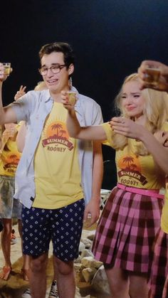 i seriously hope they were crying cause liv and maddie is over Disney Channel Descendants, Disney Channel Shows, Dove Cameron, Adventures In Babysitting 2016, Joey Bragg, Liv Y Maddie, Liv Rooney, Dove And Thomas, Pj Day