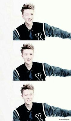 Sehun's smile makes me so happy ^^