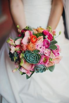 so many delicious blooms tucked inside this beauty  Photography by tinywater.com, Floral Design by asieldesign.com
