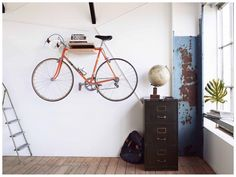 Cykelophæng / Cykel vægbeslag i Egetræ / Wooden Bike rack / Bike Wall Mount Rack Bike, Bike Hanger, Bike Storage Rack, Indoor Bike Storage, Bike Wall Mount, Range Velo, Bike Shelf, Home Office Decor, Home Decor