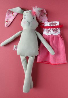 Abracadabra and stuff - Whimsical plushies and rag dolls. Rabbit Toys, Bunny Rabbit, Baby Girl Gifts, Rag Dolls, Easter Decor, Plushies, Easter Bunny, Nursery Decor, Kids Toys