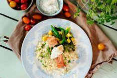 Stekt laks med couscous og rømmedressing med syltet ingefær